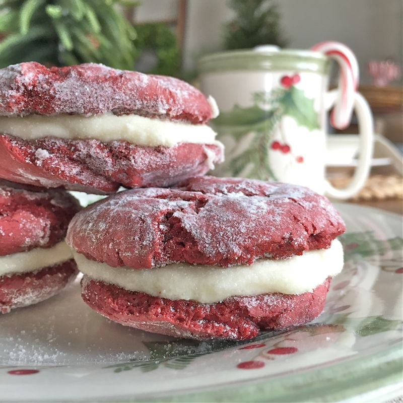 close-up-of-red-velvet-crinkle-cookies