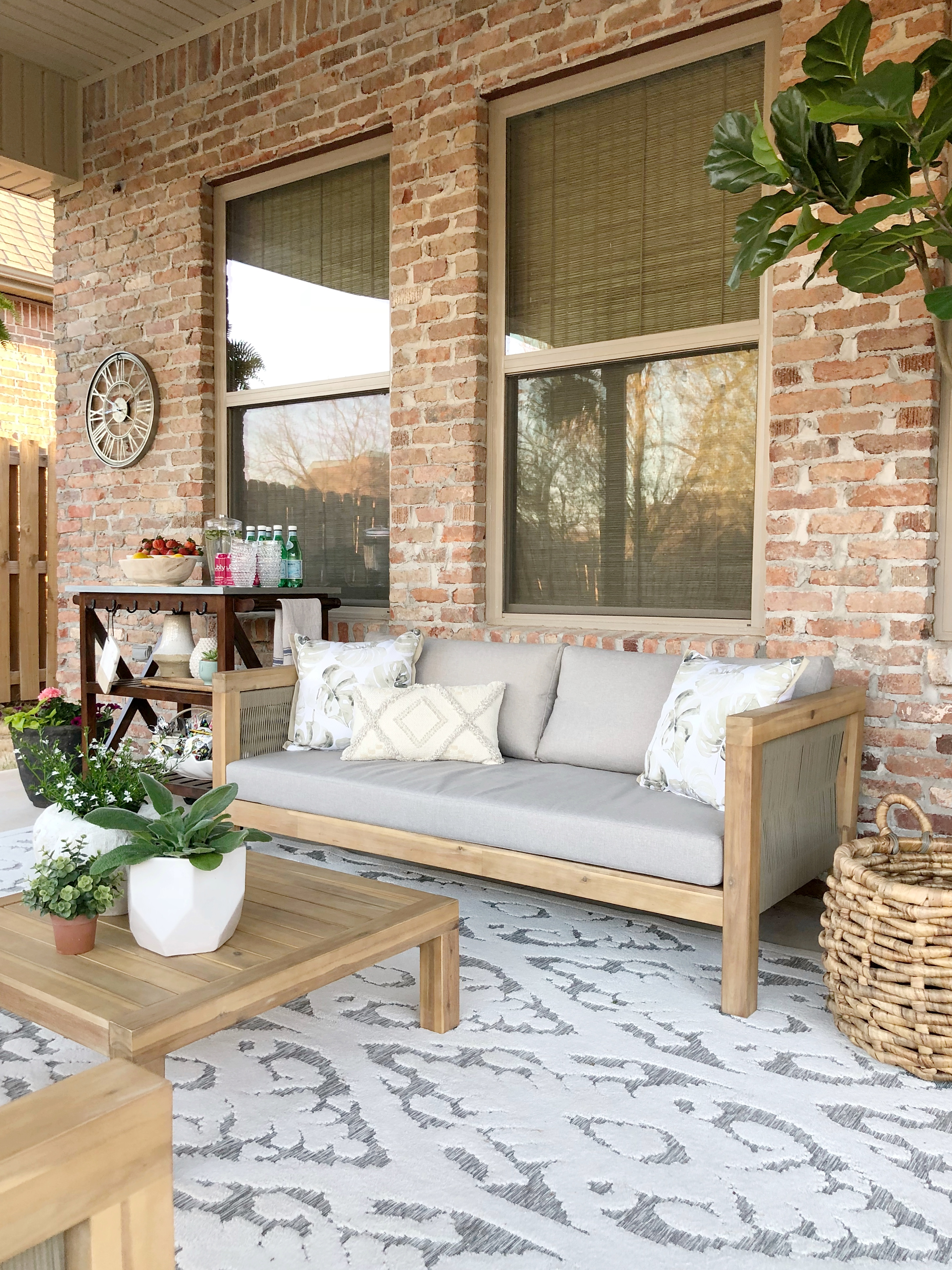 Creating An Outdoor Living Space With At Home Our Vintage Nest